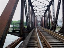 y bridge tracks