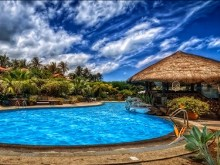 HDR Resort Pool